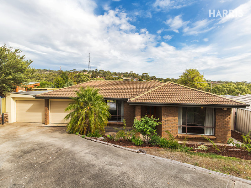 18 Vaucluse Drive, Happy Valley, SA 5159
