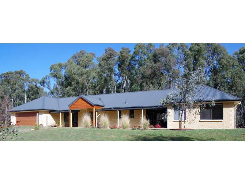 6 Pinewood Lane, Tocumwal, NSW 2714