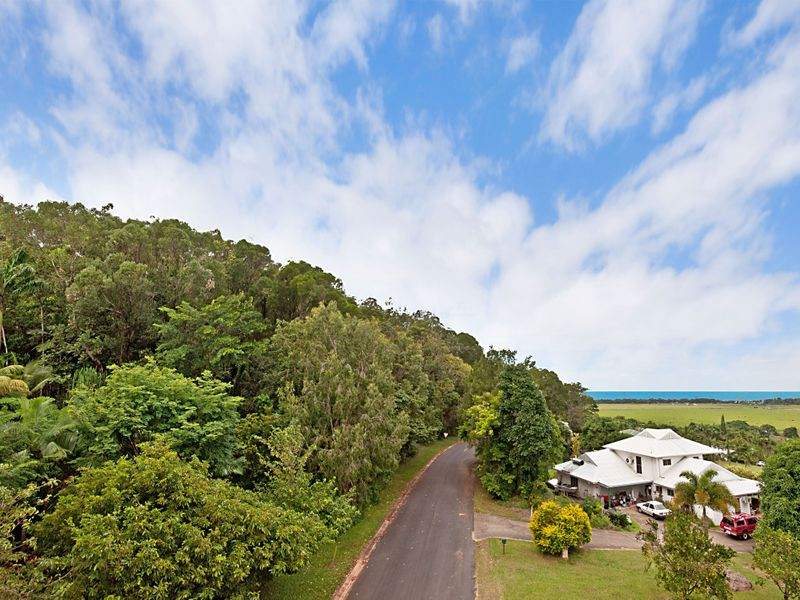 6 Hibiscus Court, Rocky Point, Qld 4873