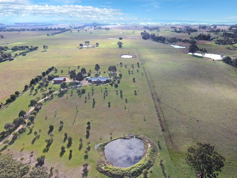 268 Three Chain Road, Maffra, Vic 3860