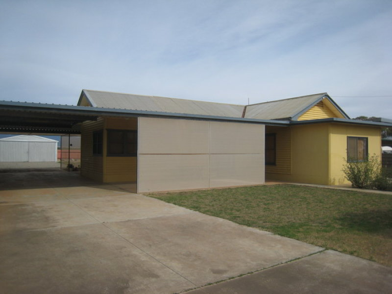 8 Ninth Street, Port Germein, SA 5495