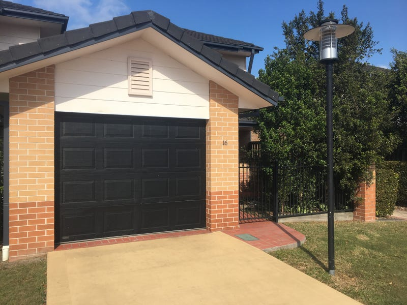 16/2 Springhill Drive, Sippy Downs, Qld 4556