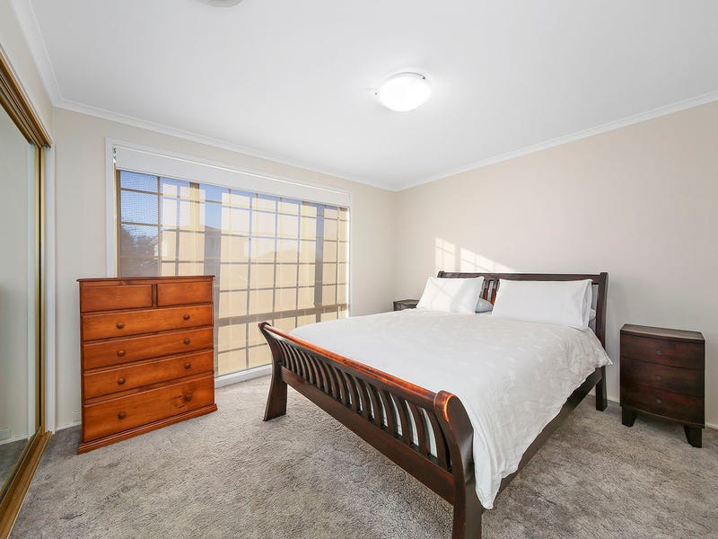 28 Woburn Abbey Court, Wattle Grove, NSW 2173