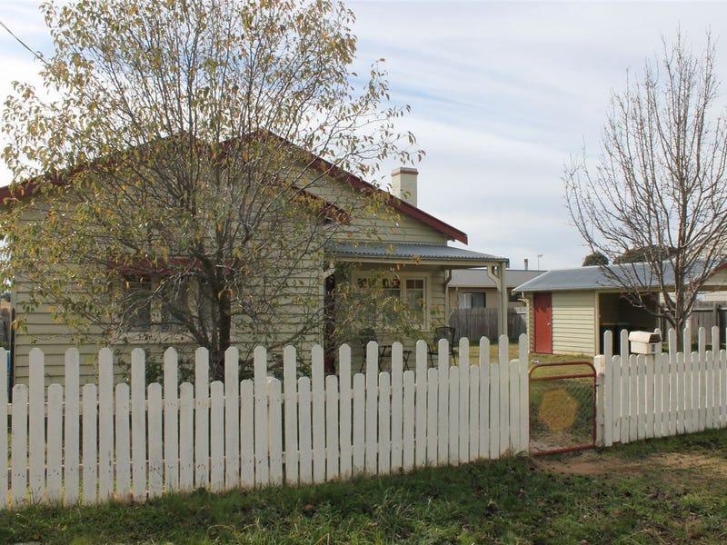2 Coronation Avenue, Braidwood, NSW 2622