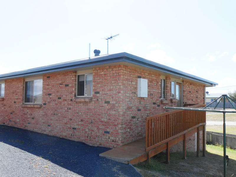 Unit 1/13 Cameron Street, St Helens, Tas 7216