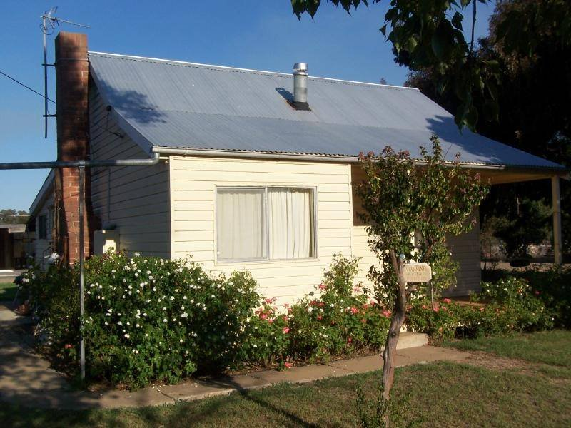 5 Dudauman Road, Stockinbingal, NSW 2725