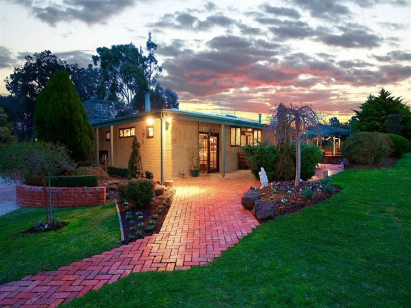 55 Lawrey Road, Diamond Creek, Vic 3089