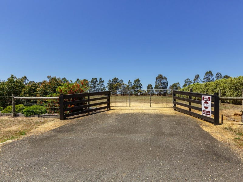 49 SOVEREIGN Drive, Wurruk, Vic 3850