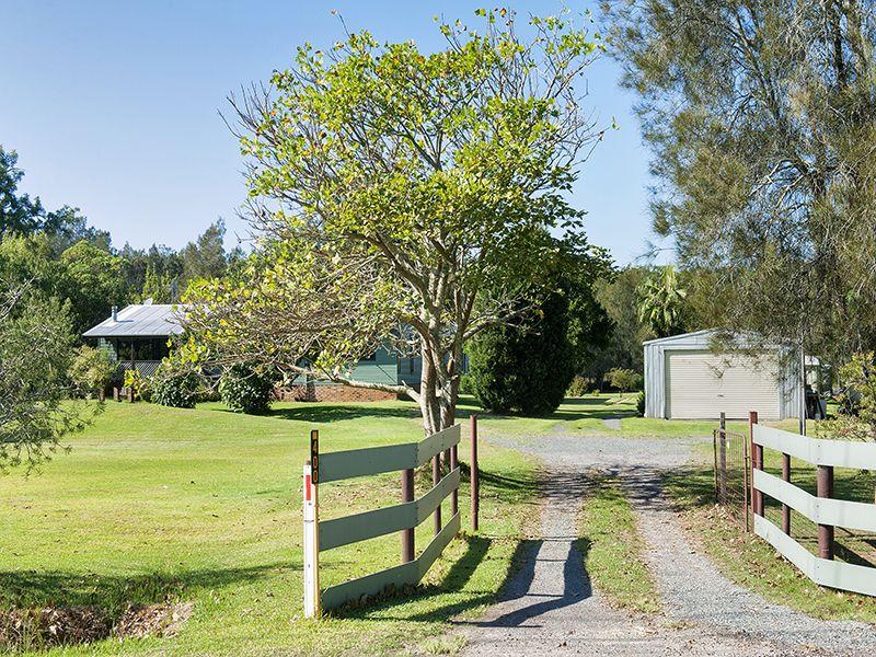 400 Marsh Road, Bobs Farm, NSW 2316