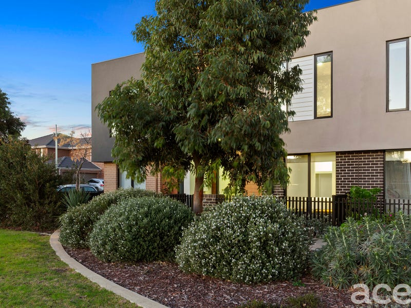 18  Valiant Walk, Williams Landing, Vic 3027