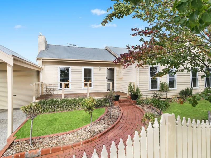 1 Sherbourne Terrace, Newtown, Vic 3220