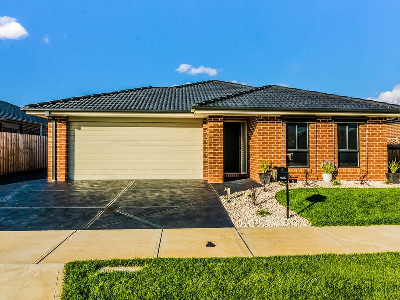 9 Pepper Crescent, Drouin, Vic 3818