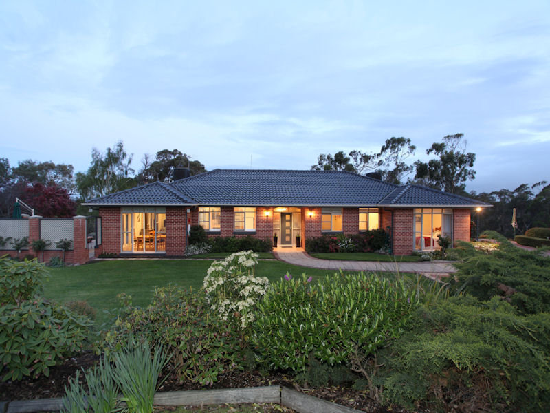 576 Salisbury Road, Beaconsfield Upper, Vic 3808
