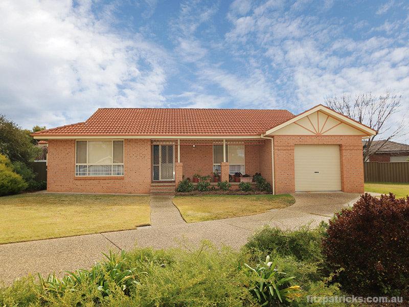 2/1 Arnhem Place, Tatton, NSW 2650
