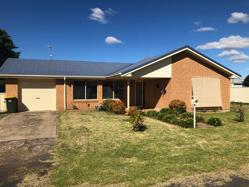 13 Coates avenue, Glen Innes, NSW 2370