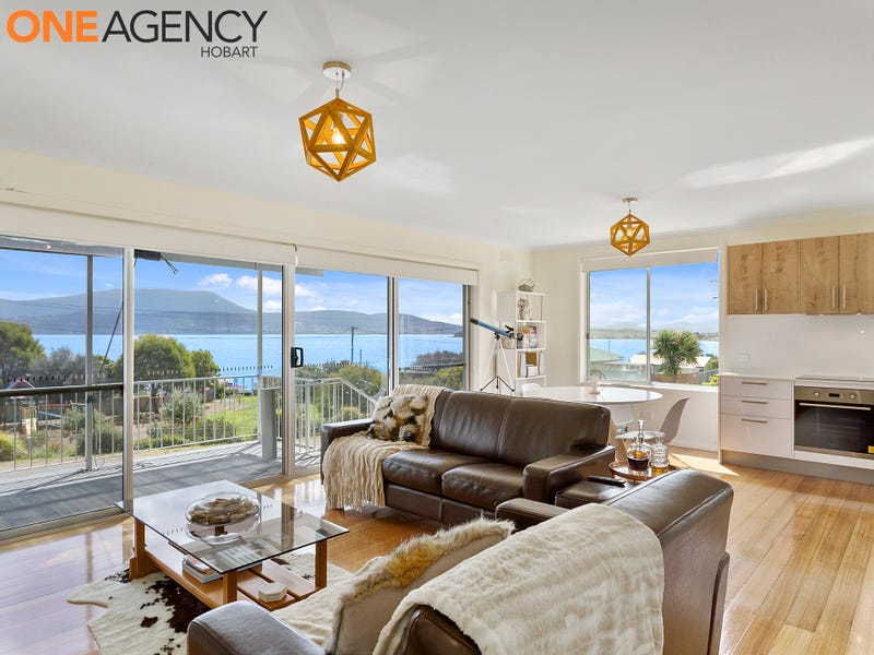5 Spitfarm Road, Opossum Bay, Tas 7023