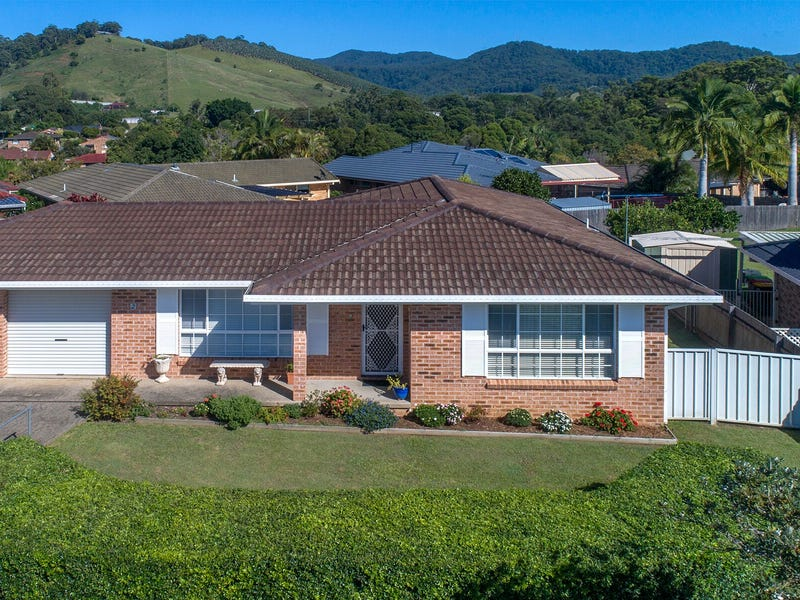 2/118 Linden Ave, Boambee East, NSW 2452