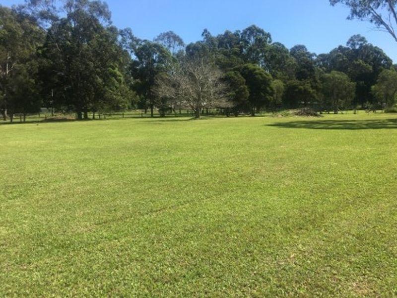 2/23 Woodlands Drive, Hallidays Point, NSW 2430