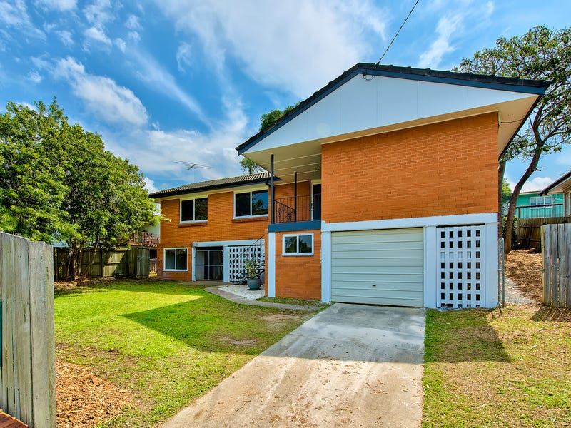 12 Chuter Street, Stafford Heights, Qld 4053