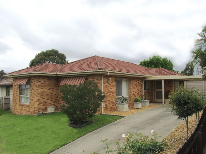 2 Clifton Close, Wy Yung, Vic 3875