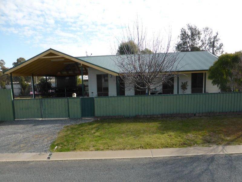 7 Douglas Street, Walla Walla, NSW 2659