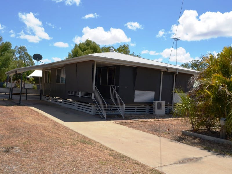 37 Bendee Crescent, Blackwater, Qld 4717