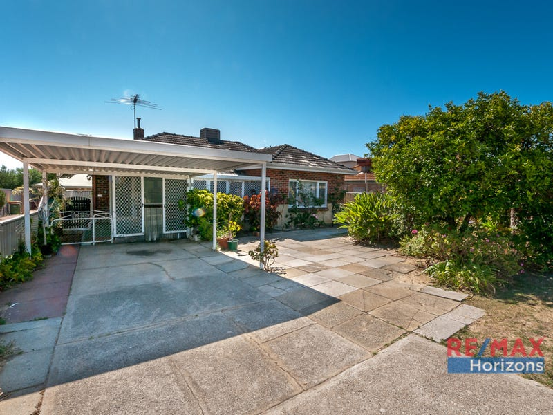 12 Fifth Street, Bicton, WA 6157