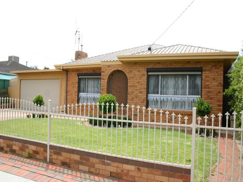 121 Murlong Street, Swan Hill, Vic 3585