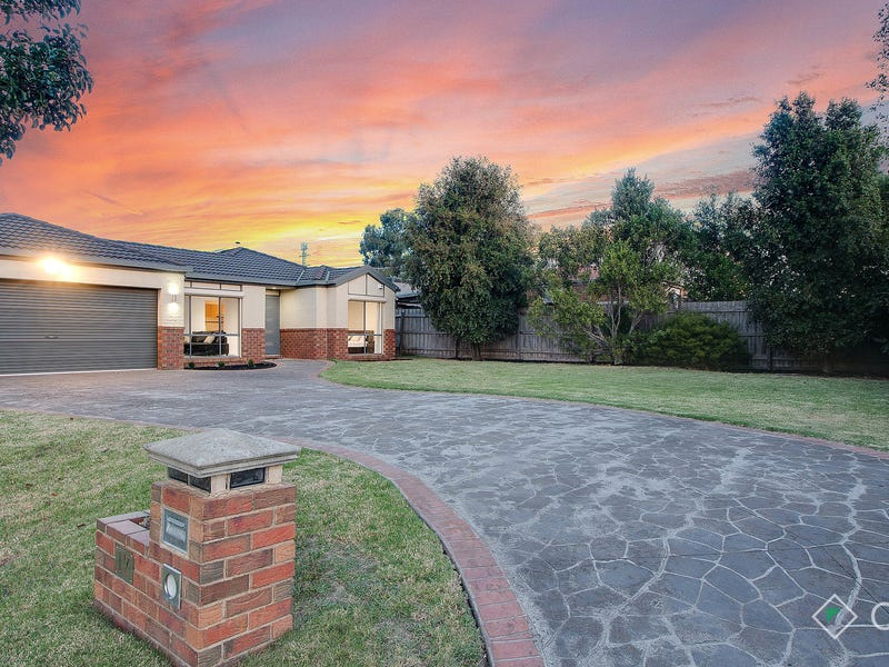 17 Middleham Close, Cranbourne West, Vic 3977