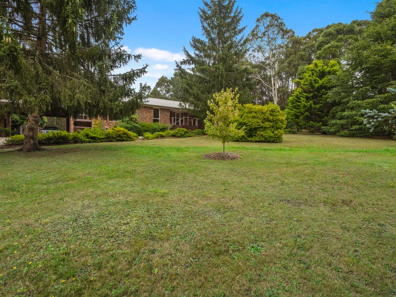 28 Royle Court, Woodend, Vic 3442