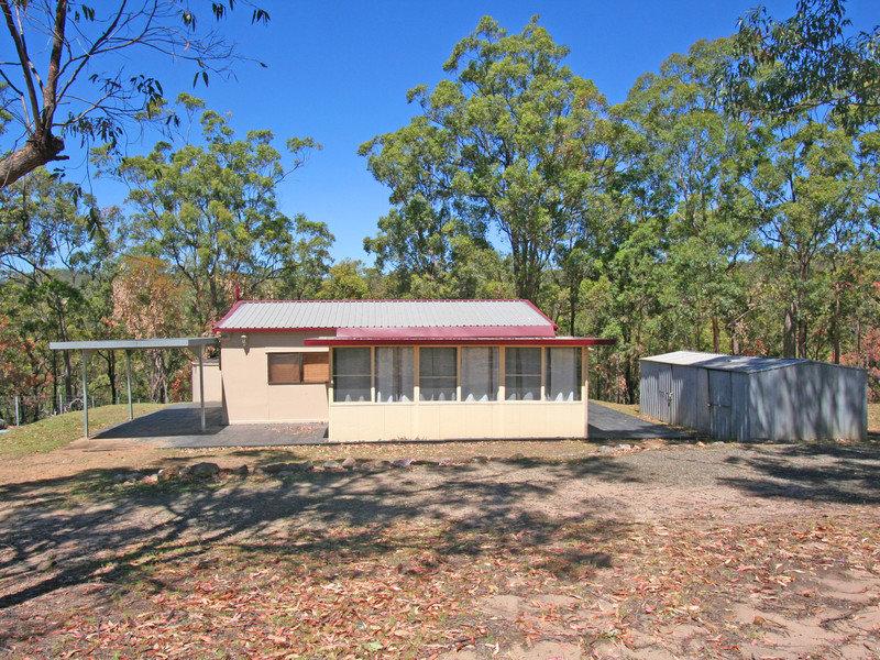 708 Lake Road, Elrington, NSW 2325