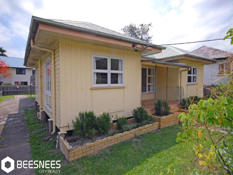 57 Ashton Street, Camp Hill, Qld 4152