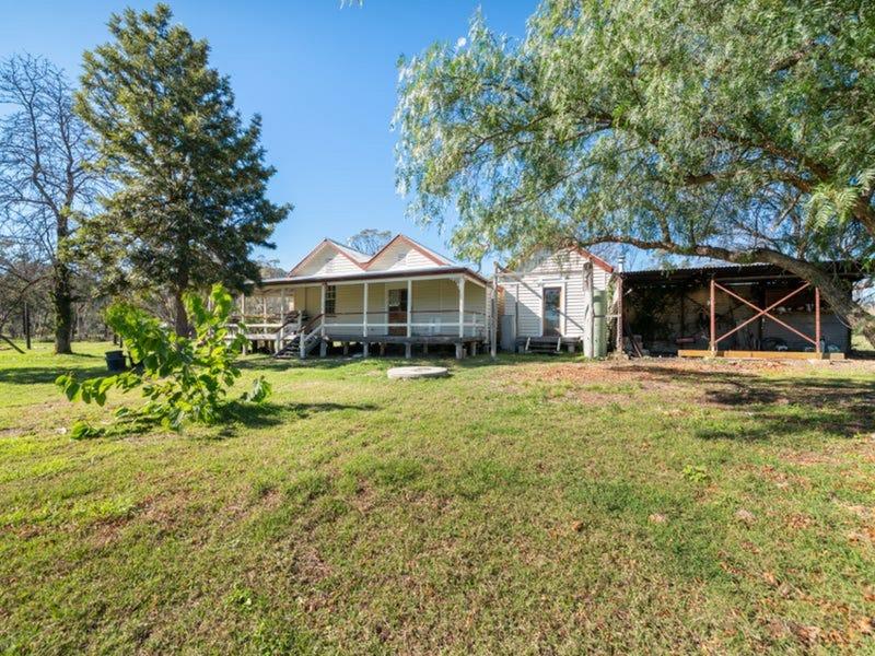15 Bush Cottage Lane, Thanes Creek, Qld 4370