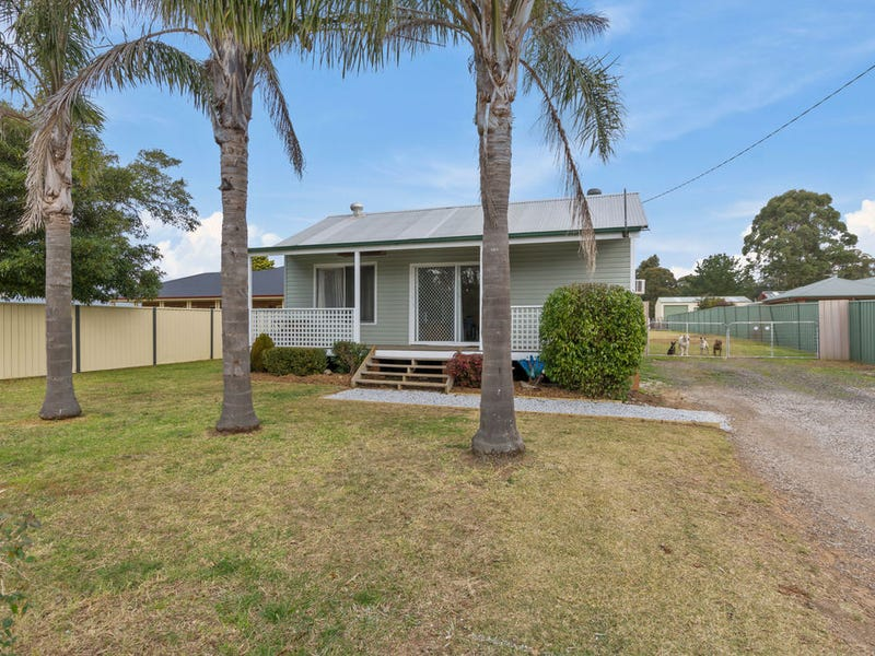 45 Telopea Road, Hill Top, NSW 2575