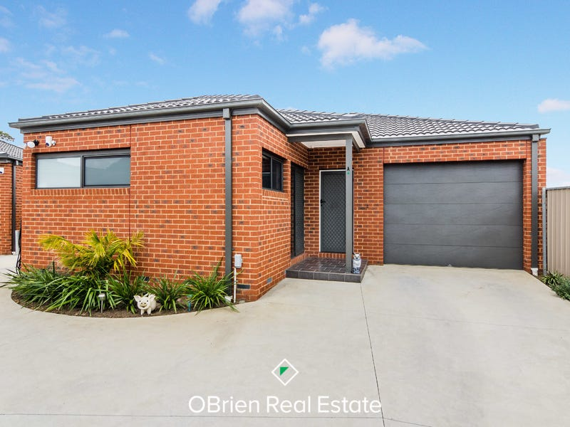 14A Hunter Court, Cranbourne North, Vic 3977