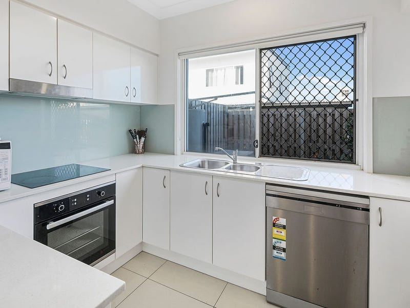 20/57 Charles Canty Drive, Wellington Point, Qld 4160