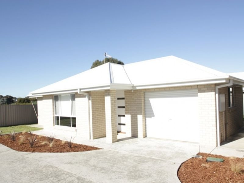 Unit 1 80 Messenger Avenue, Boorooma, NSW 2650
