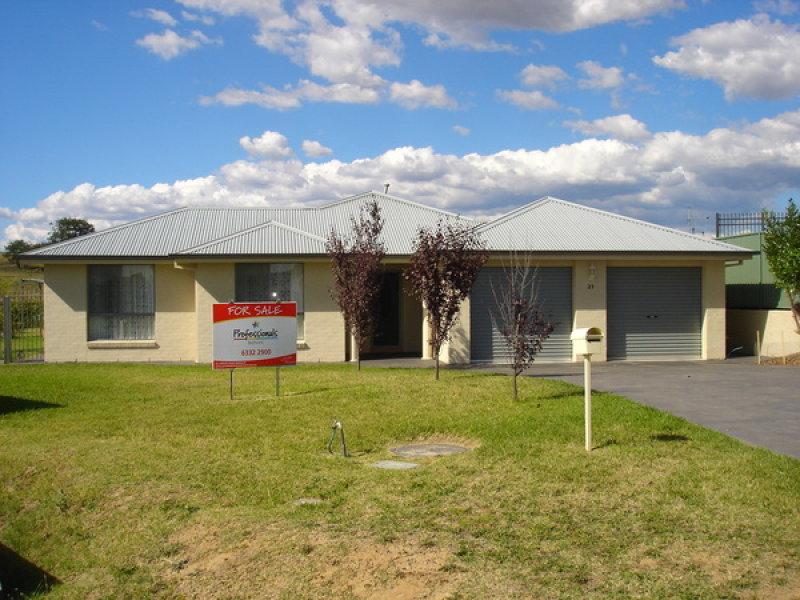 21 Cypress Crescent, Bathurst, NSW 2795