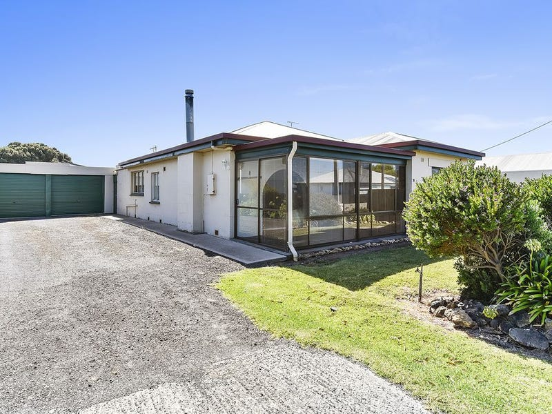 74 Church Street, Port Macdonnell, SA 5291