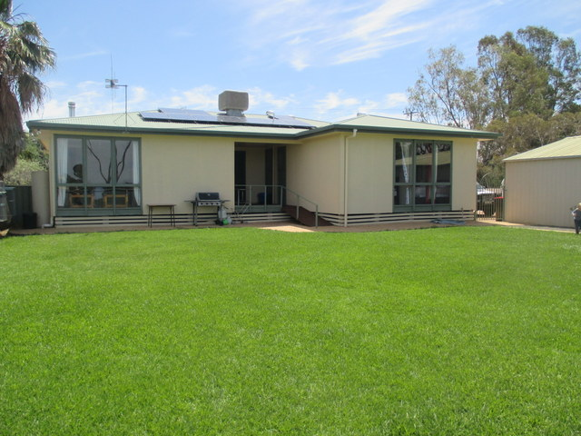 10 Charles Street, Coonamble, NSW 2829
