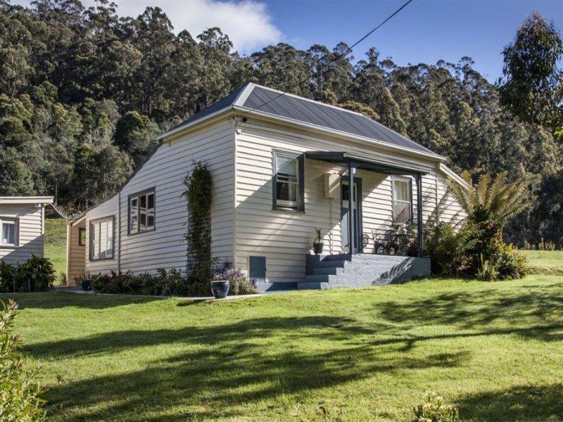 30 McClyments Road, Raminea, Tas 7109