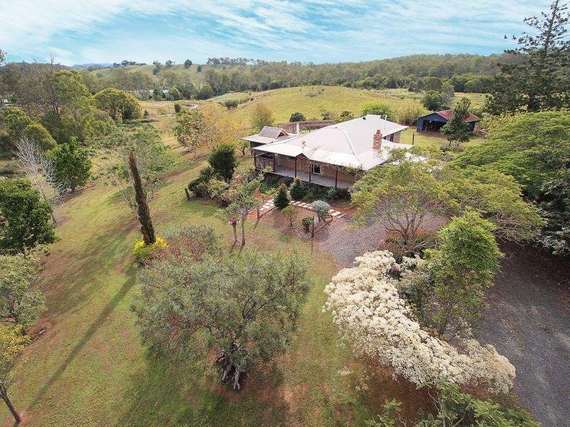 33 Kress Road, Tuchekoi, Qld 4570