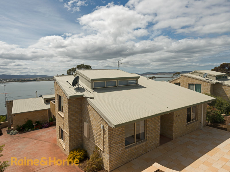 2/21 Esplanade, Midway Point, Tas 7171