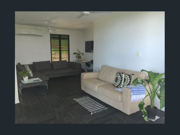 9 The Boulevard, South Mission Beach, Qld 4852