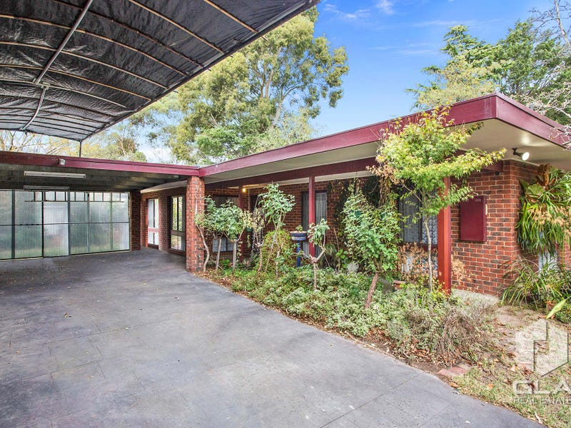 153 Badger Creek Road, Badger Creek, Vic 3777