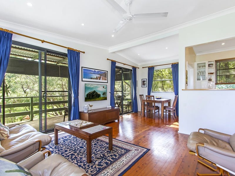 11 Melaleuca Crescent, Tascott, NSW 2250