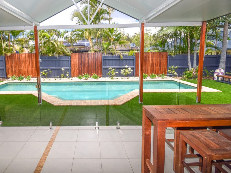 15 Fantail Place, Twin Waters, Qld 4564