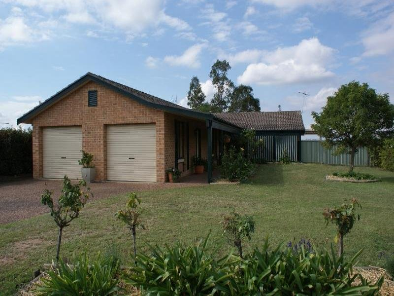 Address available on request, Singleton Heights, NSW 2330