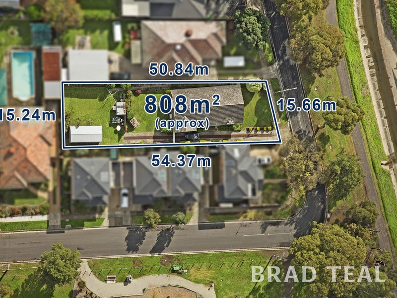 3 Brosnan Crescent, Strathmore, Vic 3041