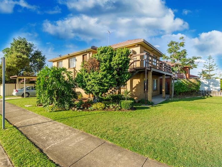 581 The Horsley Dr, Smithfield, NSW 2164